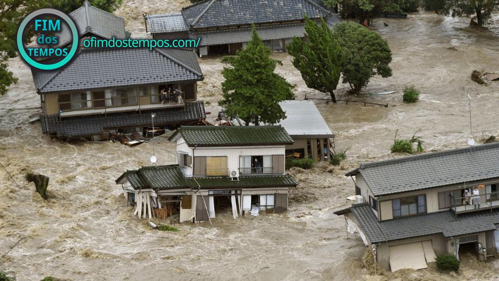 casas-destruidas-em-joso-japao-pelo-tufao-etau